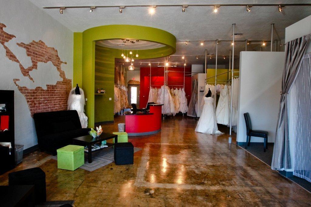 Phoenix wedding dress store
