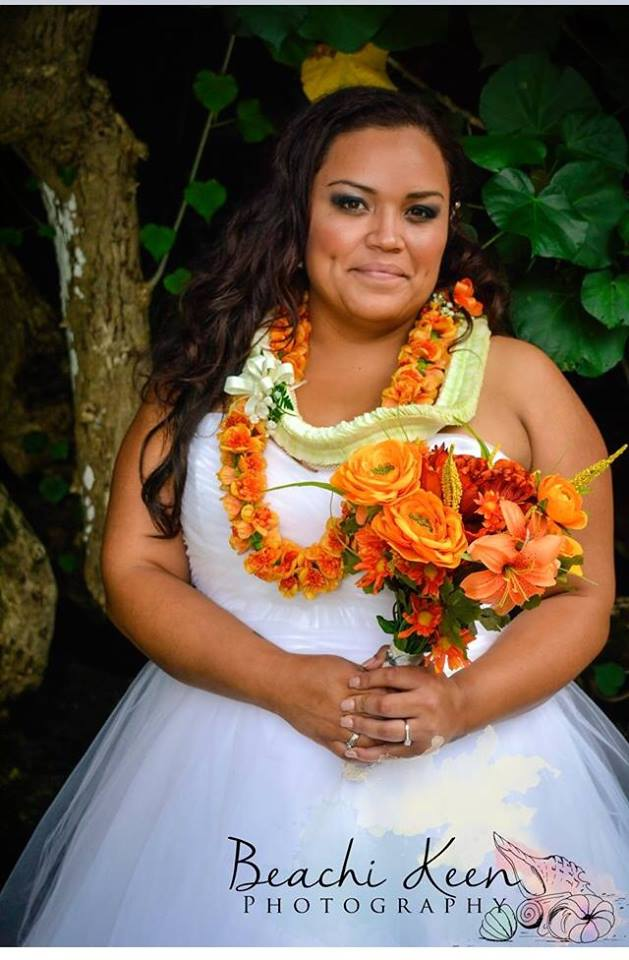 Kanani S Hawaiian Wedding Strut Bridal Salon
