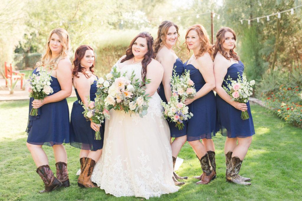 Lili\u0027s Glamourously Rustic Wedding in Florence, AZ , Strut