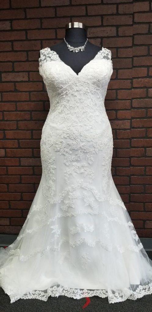vneck plus size trumpet wedding dress Tempe, Arizona