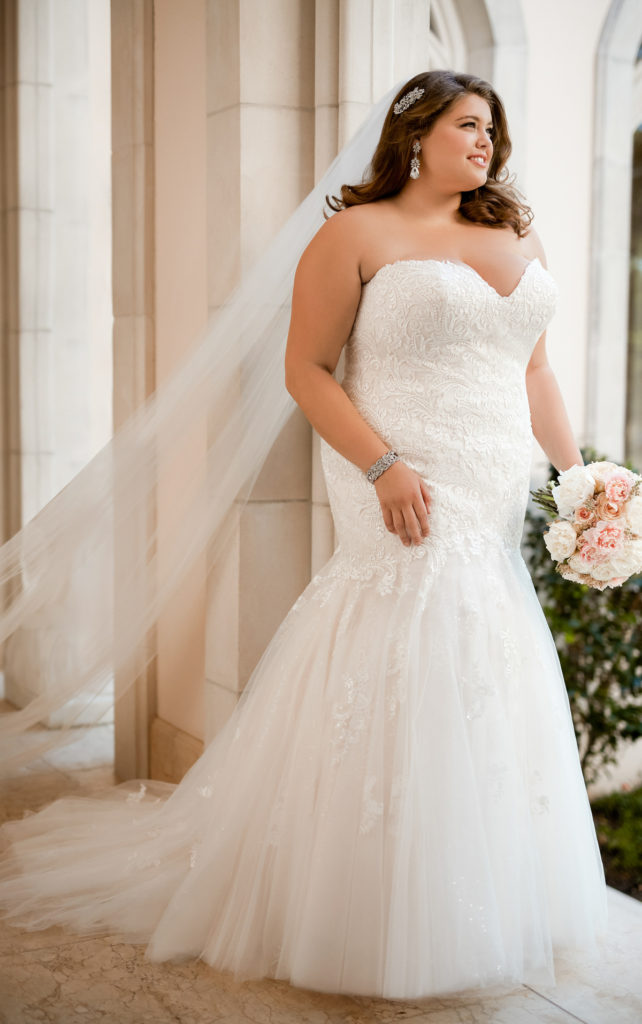 Stella York Plus Size Wedding Dress Pop-Up Shop - Strut ...